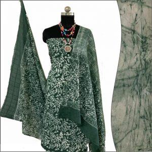 Batik Print Green Ivory Unstitched Salwar Suit Fabric- 100 % Cotton   बाटिक प्रिंट सलवार सूट