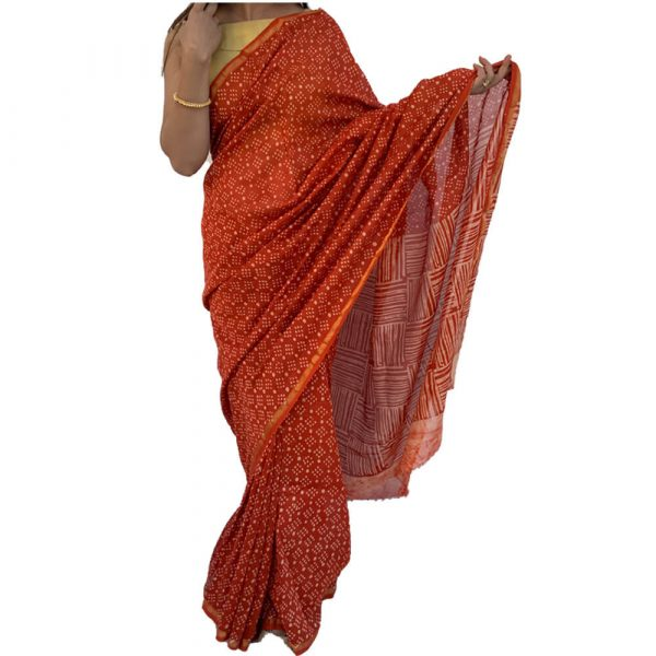 Chanderi Silk Cotton Red Sarees with Zari Border